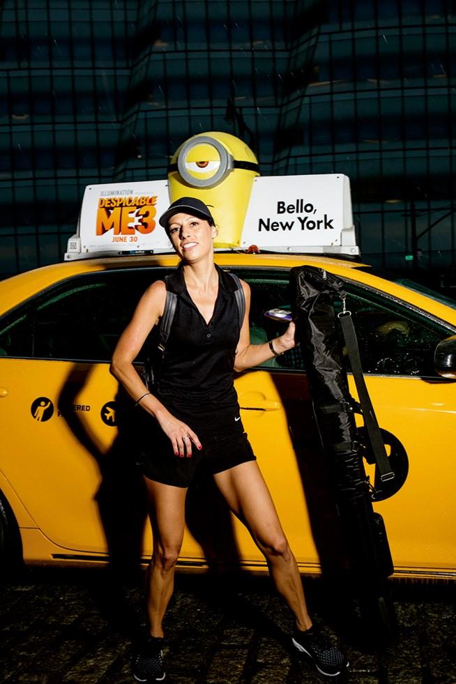女子会ナイトに颯爽と登場したタクシードラ