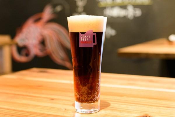 「猪苗代地ビール ラオホ」(福島)。燻製