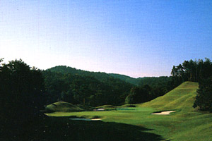 奈良県・新奈良ゴルフ倶楽部