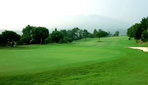 愛媛県・松山国際ゴルフ倶楽部