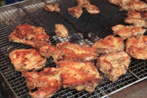 豚に、牛に、鶏と、BBQはやっぱり肉がう