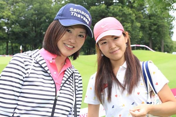 左:伊藤奈美さん「『いまのショット良かっ
