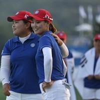 プレーオフを戦った朴仁妃とリュー・ソヨン。勝って安堵の表情を見せた 2014年 インターナショナルクラウン 3日目 韓国チーム