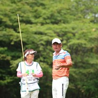 初日にウェイティング1番手からのタナボタ出場から、上位で決勝ラウンドへ 2014年 ダンロップ・スリクソン福島オープンゴルフトーナメント 2日目 高橋竜彦 牛渡葉月