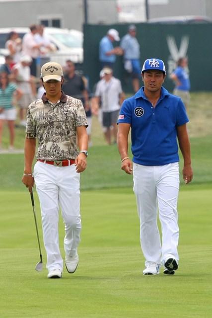 石川遼、小田孔明と今週初の練習ラウンドをプレーした谷原秀人(右)