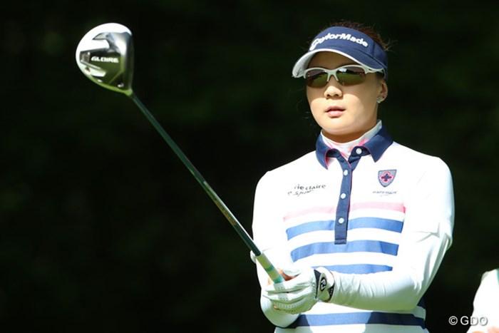 9バーディ(2ボギー)を奪って単独首位に立った金ナリ 2014年 NEC軽井沢72ゴルフトーナメント 初日 金ナリ