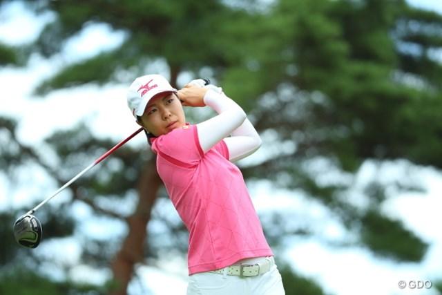 2014年 NEC軽井沢72ゴルフトーナメント 初日 服部真夕 飛距離に定評のある服部だが、つわもの2人には敵わなかった