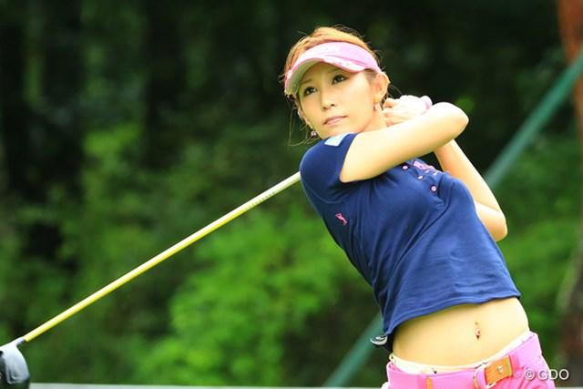 2014年 NEC軽井沢72ゴルフトーナメント 2日目 金田久美子 金田久美子は3番でホールインワン。2位タイに浮上し最終日を迎える
