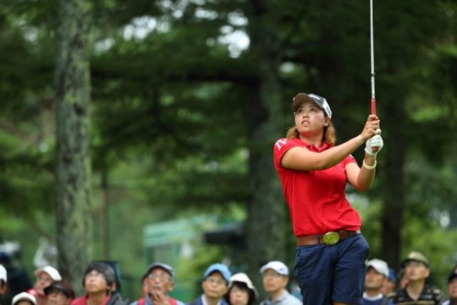 2014年 NEC軽井沢72ゴルフトーナメント 最終日 山城奈々 通算11アンダーで4位に入り大会の新人賞を獲得した山城奈々