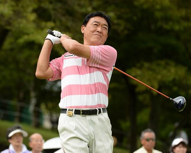 2014年 ファンケルクラシック 2日目 羽川豊 通算4アンダーとし初日からの首位タイを守った昨年覇者の羽川豊(日本プロゴルフ協会提供)