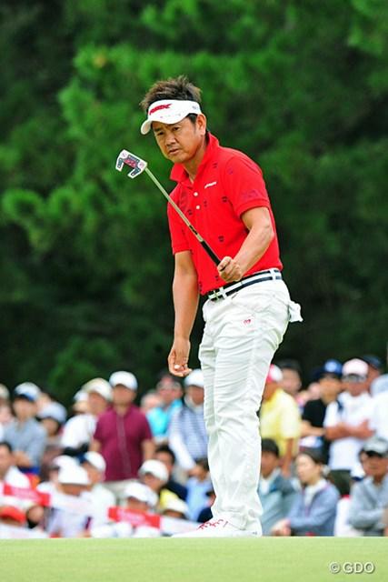 藤田寛之は地元福岡での優勝に男泣きした
