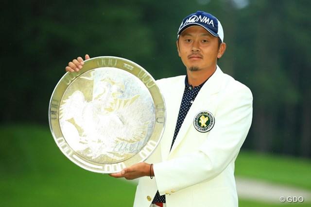 逆転でツアー初優勝を果たしたプロ11年目の岩田寛