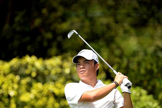 フィリピンの19歳ミゲル・タブエナが3日目、首位に立った(アジアンツアー提供)