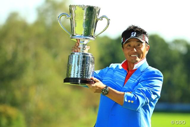 プレーオフで谷原秀人を下し、4年ぶりの優勝を飾った宮本勝昌