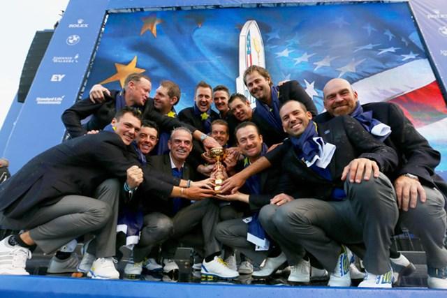 欧州選抜が5ポイント差をつけて完勝!ホームで大会3連覇を達成した(Ross Kinnaird/Getty Images)