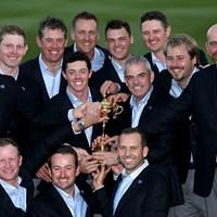 3連覇を果たした欧州代表(Andrew Redington/Getty Images) 2014年 ライダーカップ 最終日 ロリー・マキロイ ポール・マギンリー 欧州