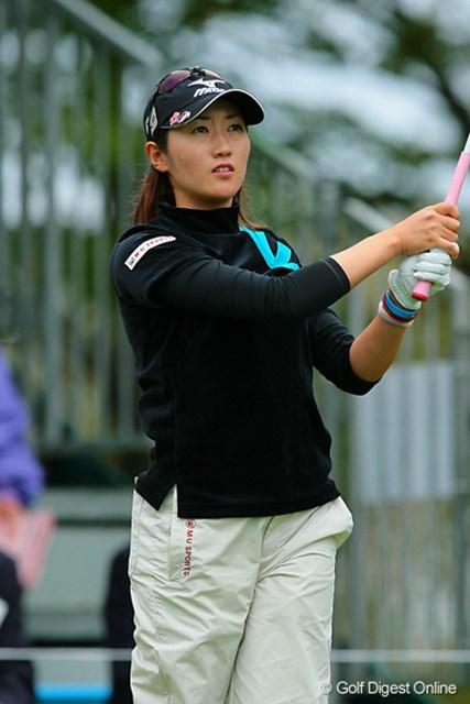 飯島茜 日本女子プロに続き公式戦連覇に向け単独首位スタートをきった飯島茜