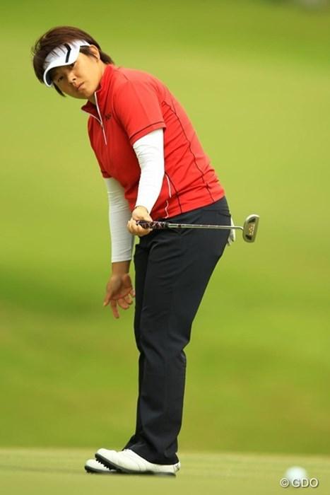 今日はパッティングが好調でスコアを伸ばし首位タイに。明日はユンジェさんらしい雄叫び連発なるか・・・。 2014年 日本女子オープンゴルフ選手権競技 3日目 ウェイ・ユンジェ