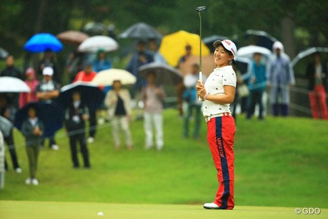 外してもこの表情。本当にゴルフが楽しそうです。