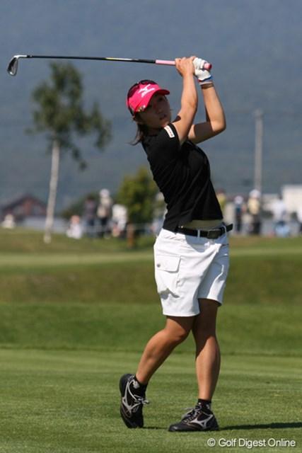 飯島茜 4連続バーディなど派手なゴルフで2位タイに浮上した飯島茜