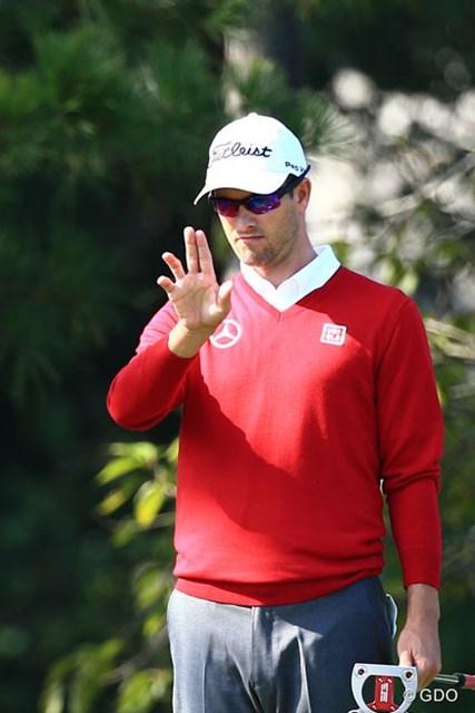 2014年 日本オープンゴルフ選手権競技 初日 アダム・スコット ラインを見るのも独特