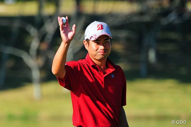 2014年 マイナビABCチャンピオンシップゴルフトーナメント 初日 池田勇太 9番でカラーからパターで決めてバーディ!笑顔が目立った初日の池田勇太