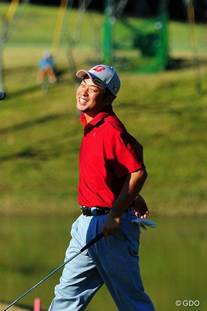 2014年 マイナビABCチャンピオンシップゴルフトーナメント 初日 池田勇太 最終18番、イーグルパットがカップをかすめ悔しがる池田勇太