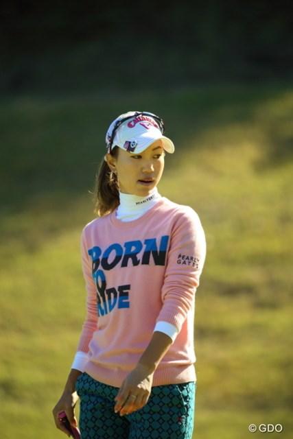 体調不良から徐々に回復してきた上田桃子は、首位と3打差の好位置キープで最終日を迎える