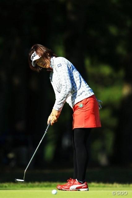 2014年 LPGAツアー選手権リコーカップ 初日 大山志保 今大会のディフェンディングチャンピオン。今季は、ゴルフ5レディスとマスターズGCレディースで2勝。賞金ランキング7位で出場。イーブンパー14位タイスタートです。