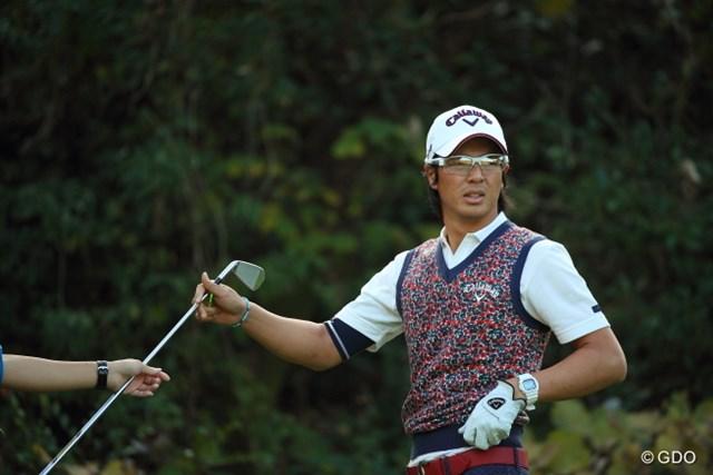 2014年 カシオワールドオープンゴルフトーナメント 2日目 石川遼 もちろん写真に写る左手ちゃんは…。
