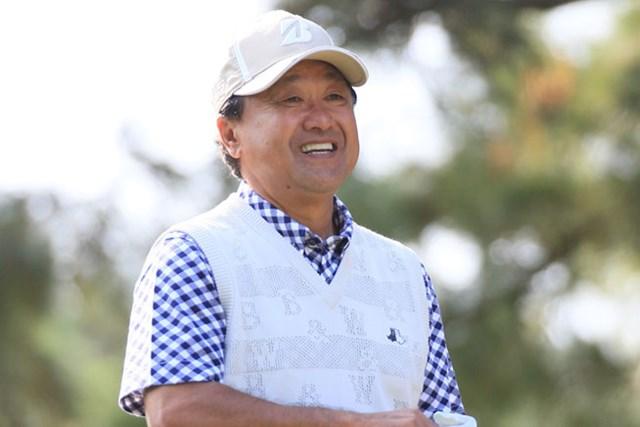 倉本昌弘が逆転賞金王へ、後続に4打差リードで最終日を迎える(画像提供:日本プロゴルフ協会)