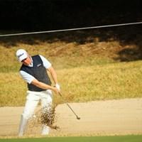 完全にダフり、一回で出ず。 2014年 カシオワールドオープンゴルフトーナメント 最終日 ブラッド・ケネディ