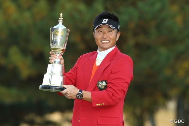 宮本勝昌が3回目となる「日本シリーズ」制覇を、ツアー通算10勝目で飾った