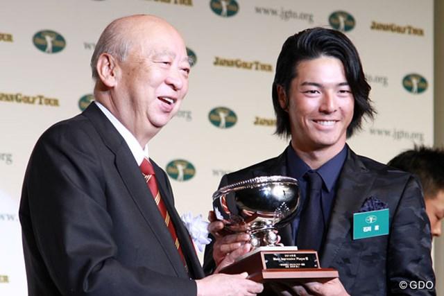 8年連続でファンが選ぶMIP賞を獲得した石川遼
