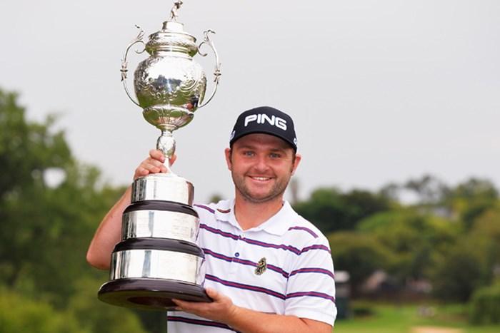 7打差を逆転しツアー初優勝を果たしたアンディ・サリバン(Stuart Franklin/Getty Images) 2015年 南アフリカオープン選手権 最終日 アンディ・サリバン