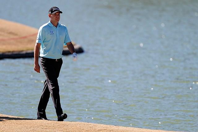 ビル・ハースは通算17アンダーで4人が並ぶ首位の一角を占めた(Todd Warshaw/Getty Images)