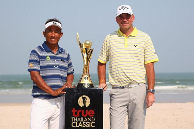 """アジアンツアーの""""顔""""とも言える地元タイ出身のT.ジェイディー(左)と、ツアー15勝を挙げているT.ビヨーン(右)。欧州アジア共催で行われる新規大会を盛り上げる(Ian Walton/Getty Images)"""