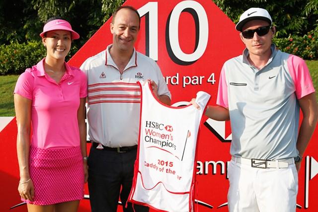HSBCキャディ・オブ・ザ・イヤーはウィのキャディ、ダンカン・フレンチ氏に決定!(HSBC Getty Images)
