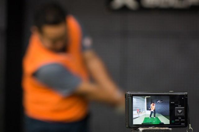 qp_lesson_casio_1_2 高速カメラを使ったスイング分析が有効