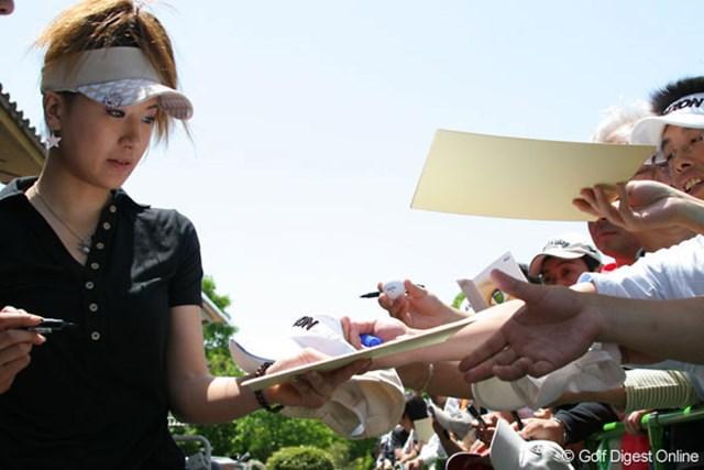「調子は取り戻しつつあります」という辻村明須香。やはり地元での人気は高い