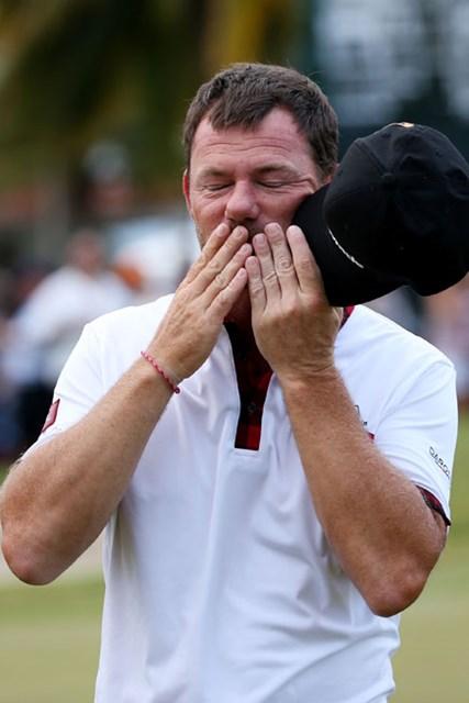 優勝の瞬間--チェイカは何を思っただろうか。※画像はプエルトリコオープン最終日(Cliff Hawkins/Getty Images)