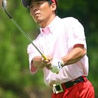 真っ赤なパンツで登場した菊池純。1バーディ、1ボギーで優勝争いに食らいつく 日本プロゴルフ選手権大会3日目 菊池純