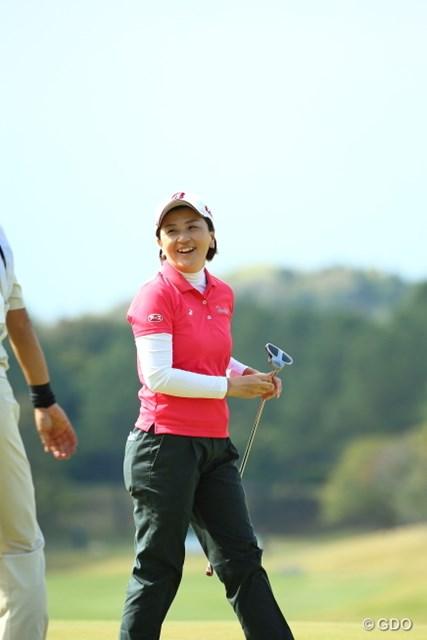 6人目のママさん優勝へ向け、茂木宏美は夫と長女と全国を転戦する日々だ