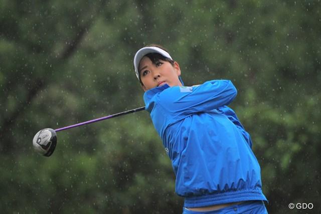 初優勝を狙う福田真美が1打差3位で初日を終えた