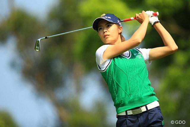 松森彩夏は後半の失速で4位に後退も、「明日は攻めるゴルフに撤したい」