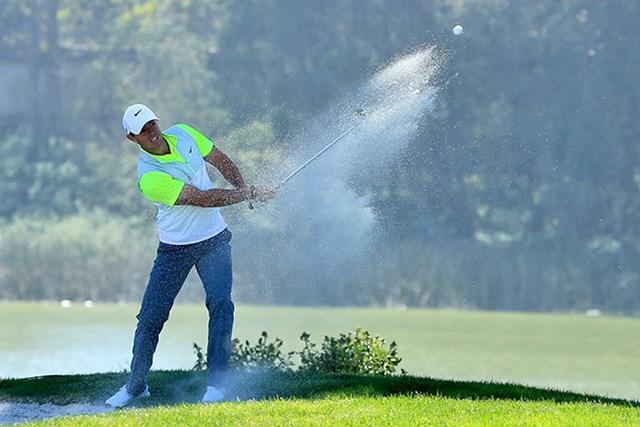 連勝した ロリー・マキロイ。決勝トーナメント進出は3日目の戦いにかかる(David Cannon/Getty Images)