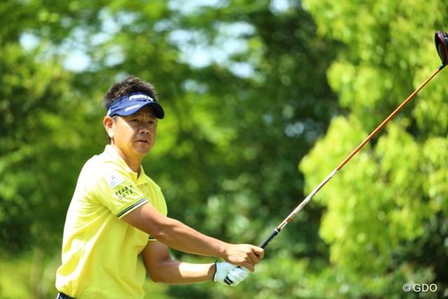 我慢の「70」。藤田寛之は後退したが、優勝争いができる位置に踏みとどまった
