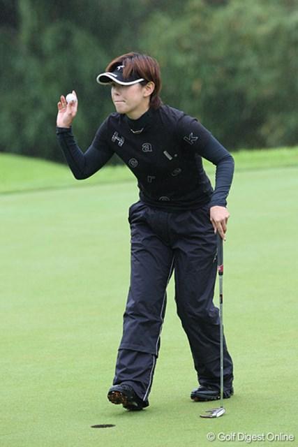 2009 廣済堂レディスゴルフカップ 2日目 竹末裕美 03年に優勝経験のある竹末裕美。「トップの人たちは今凄い乗ってるからついて行きたい!」