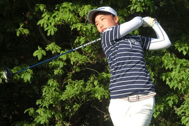 自身初のノーボギーで「69」をマークした越田泰羽が、11-12歳の部女子で首位に立った (写真提供:IJGA)