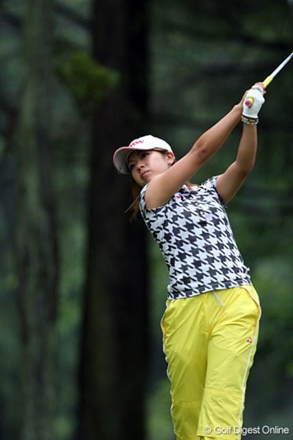 ゴルフを始める前は器械体操をやっていたというスポーツ万能の中村香織